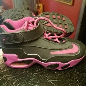 Nike Girls Black/Pink Leather Sz 13c
